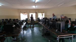 computers in library for exams