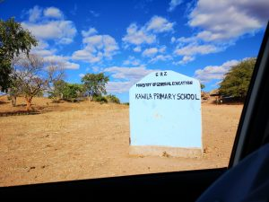 Kawila school sign